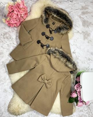 Elegancki Zimowy Płaszczyk z kapturem - cappucino